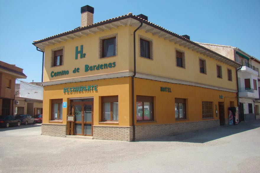 Hotel-Camino-Bardenas-Fachada-11