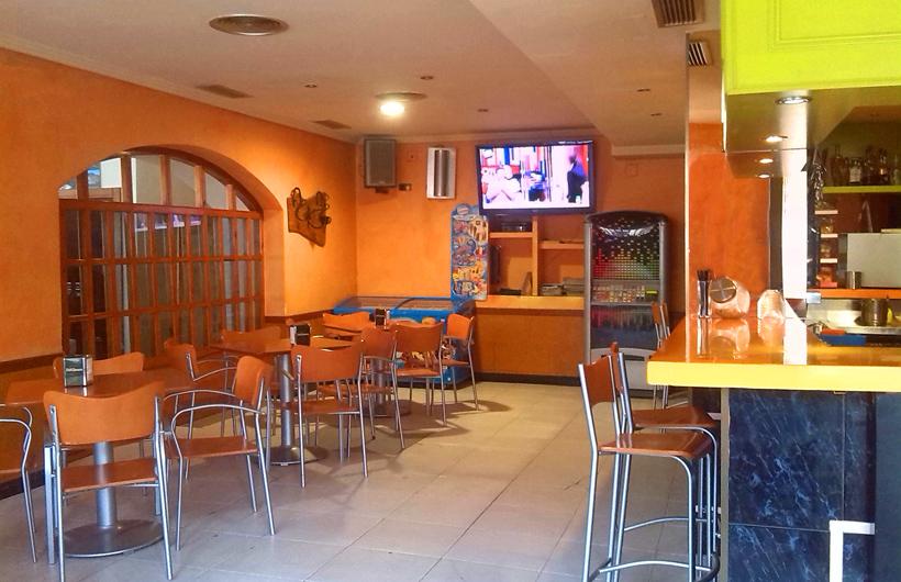 Camino-Bardenas-Cafeteria-5