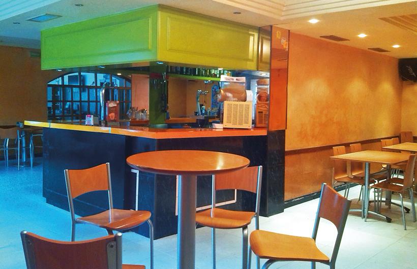 Camino-Bardenas-Cafeteria-7